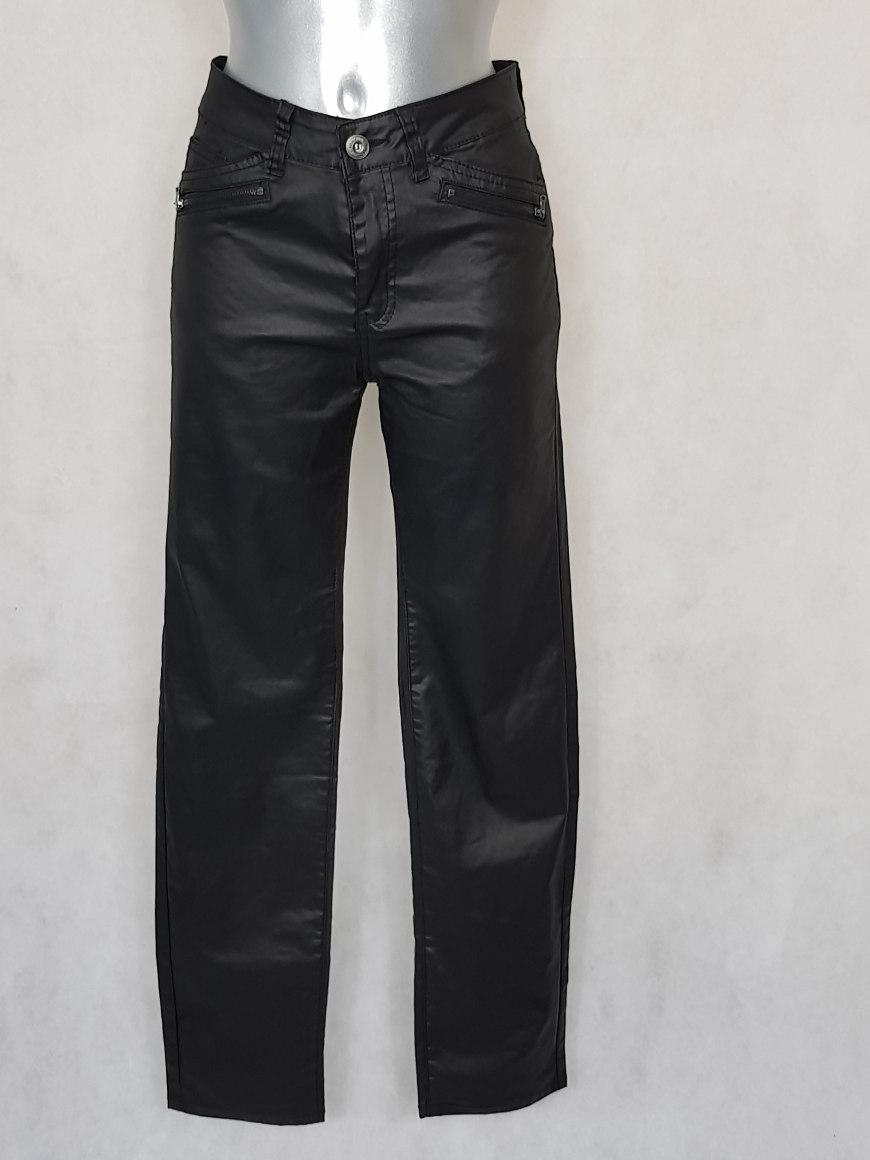 pantalon femme grande taille enduit noir aux caprices de madeleine. Black Bedroom Furniture Sets. Home Design Ideas