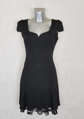 Robe femme noir à ourlet volanté et dentelle manches courtes