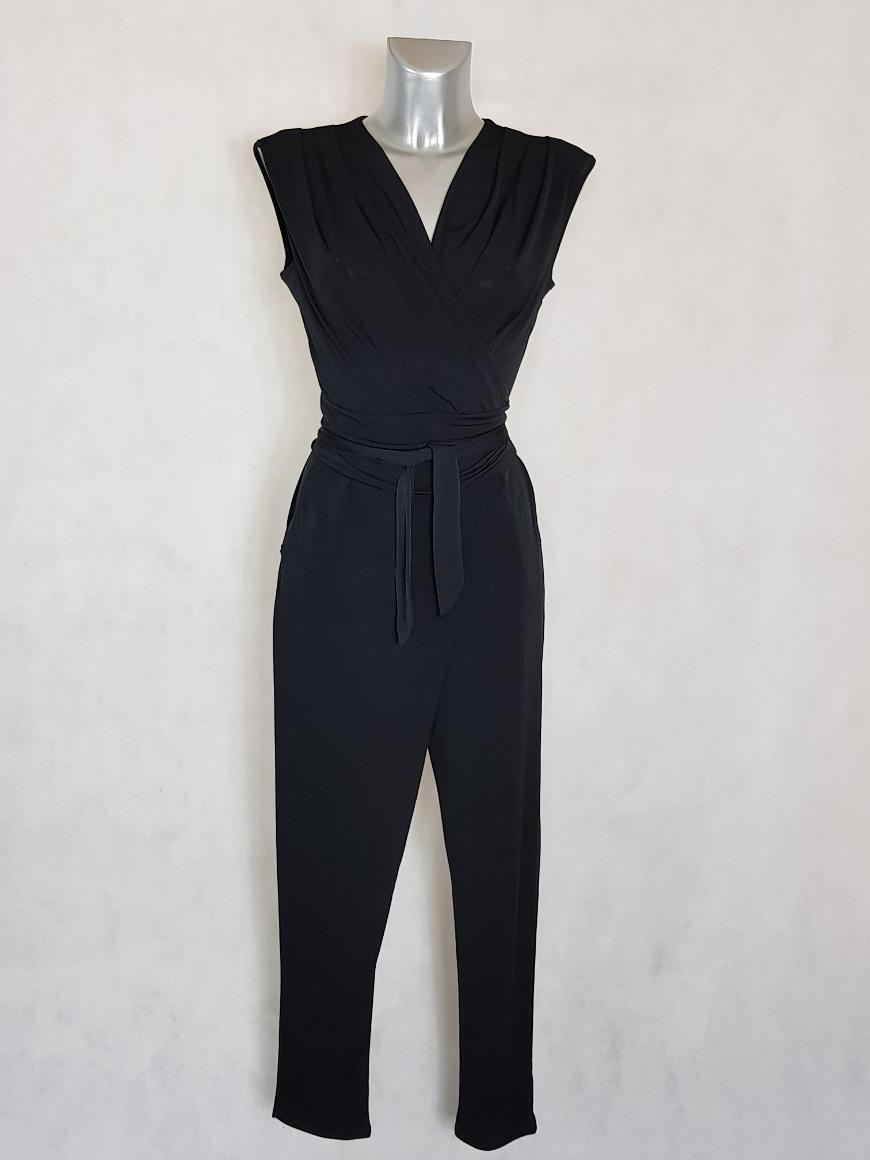 combi-pantalon-femme-fluide-noir-fuselee-col-v-cache-coeur
