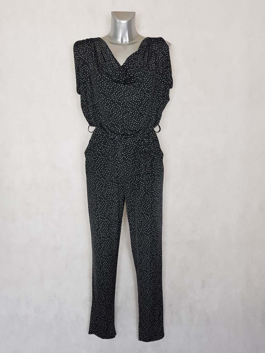 combi-pantalon-femme-fuselee-fluide-noir-a-pois2