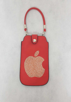 Etui de portable rouge orné de strass avec sangle