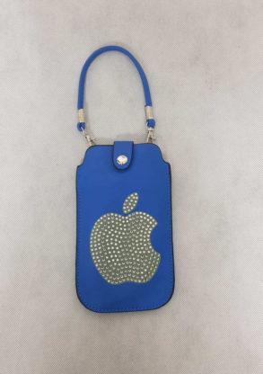 Etui de portable bleu orné de strass avec sangle