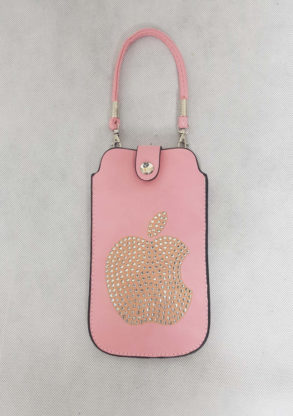 Etui de portable rose orné de strass avec sangle