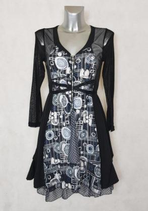 Robe femme évasée motif abstrait noir et blanc manches longues en résille