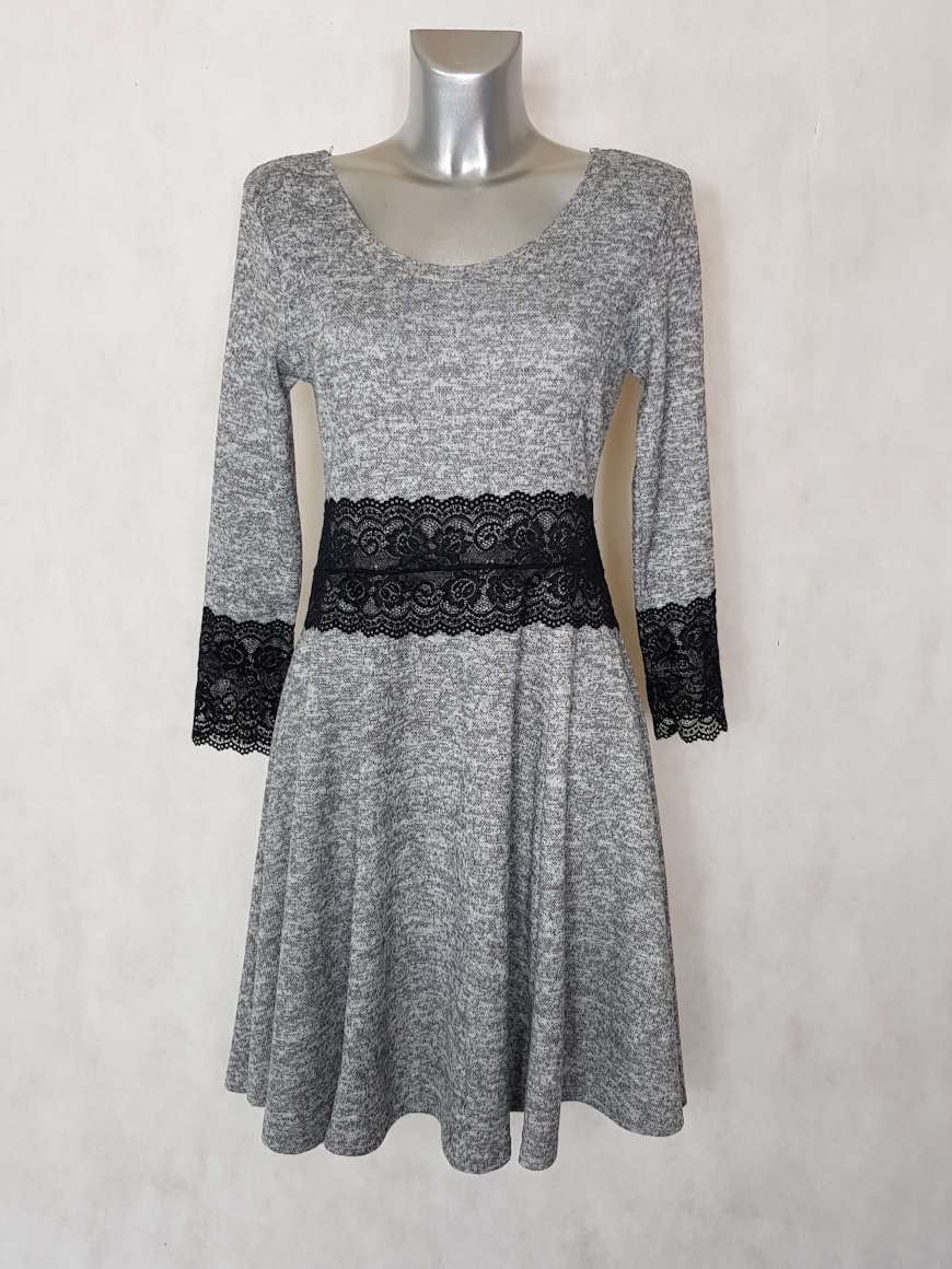 robe-pull-femme-evasee-gris-chine-a-dentelle1