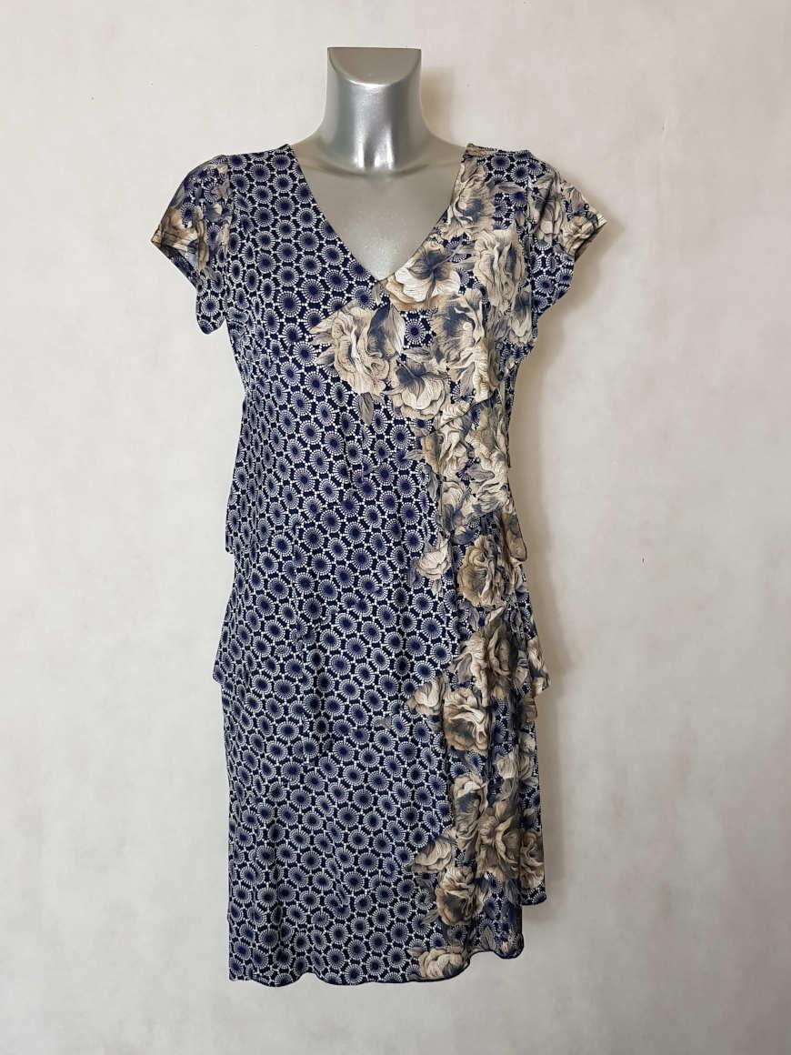 robe-femme-a-volants-motif-floral-et-minimaliste-col-v