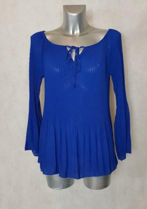 Tunique femme bleu roi en voile plissée soleil col rond à lacet et manches longues