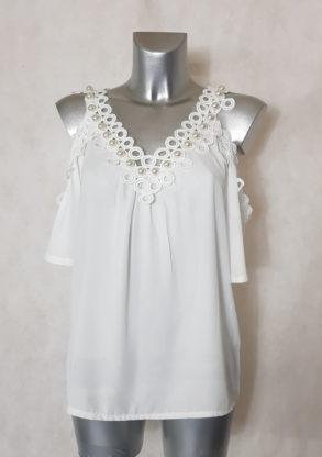 Tunique femme en voile blanc dentelé avec perle manches courtes