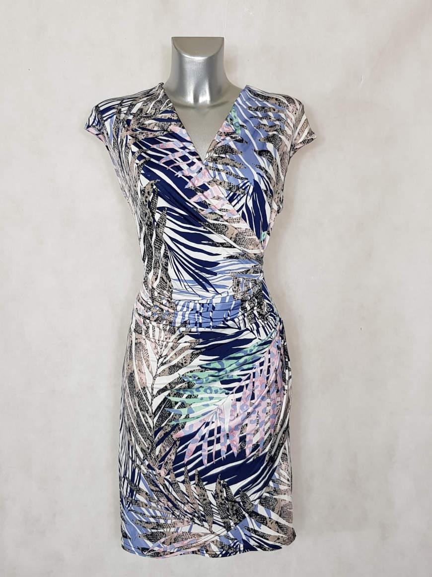 robe-femme-drapee-parme-motif-feuille-tropicale