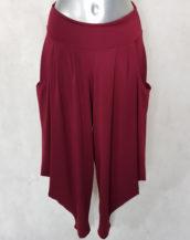Pantalon sarouel élégant femme grande taille fluide uni bordeaux.