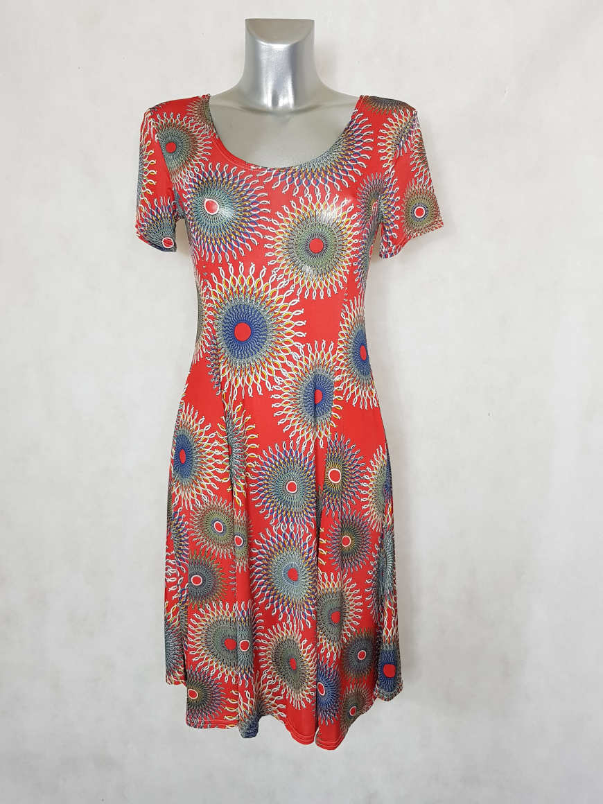 robe-femme-evasee-fluide-rouge-a-motif-mozaic2