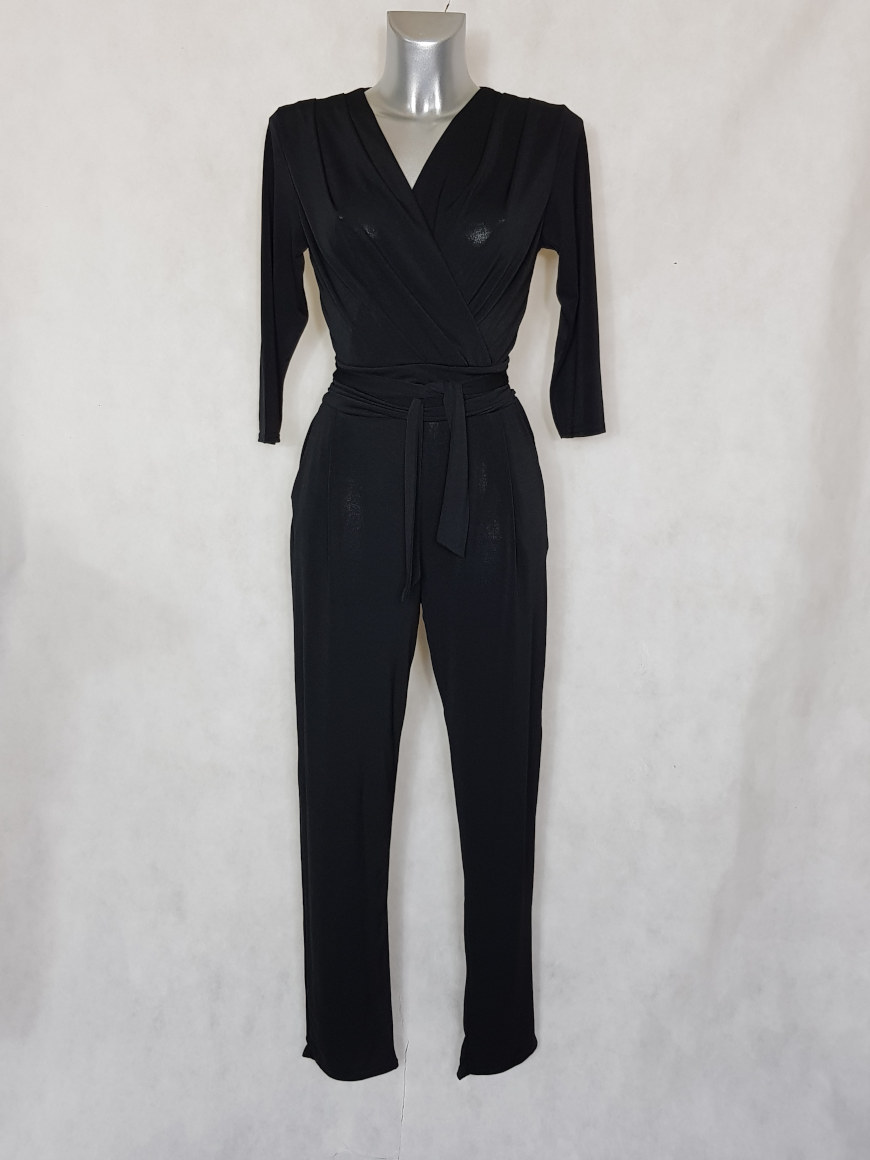 combinaison-pantalon-femme-noir-fuselee-col-v1