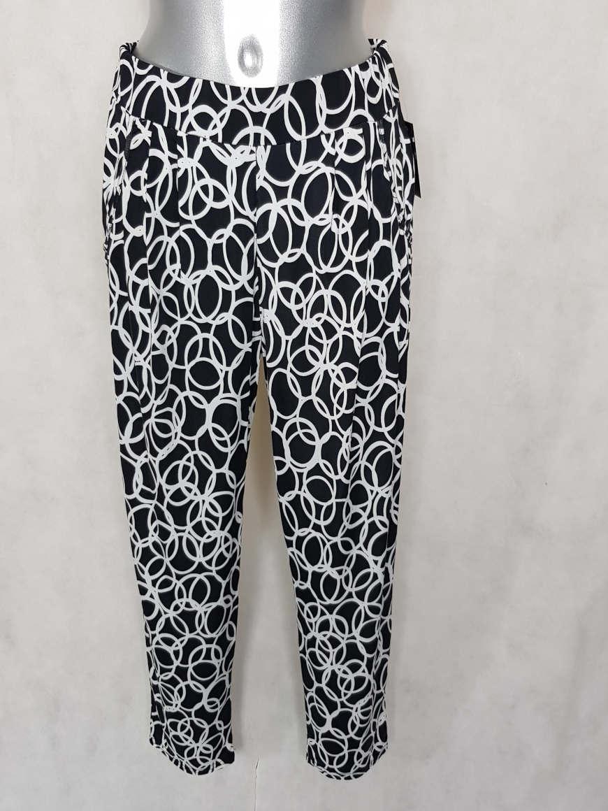 pantalon-femme-carotte-fluide-noir-motif-cercle1