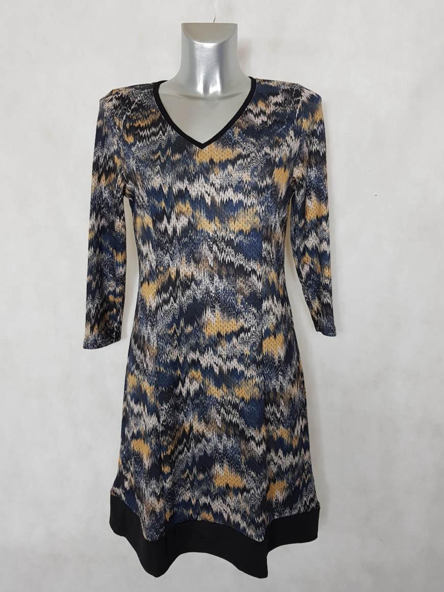 robe-femme-evasee-fluide-jaune-motif-azteque1