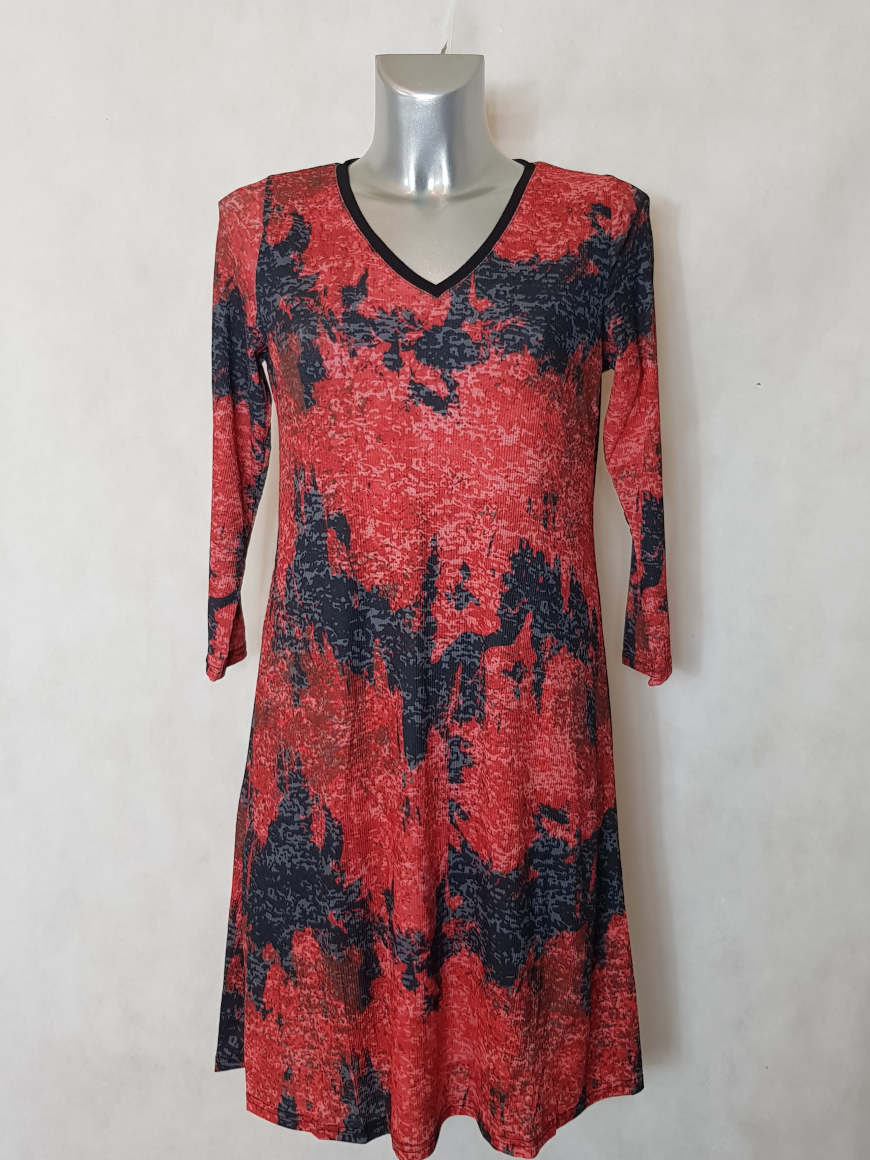 robe-femme-evasee-fluide-rouge-motif-abstrait2
