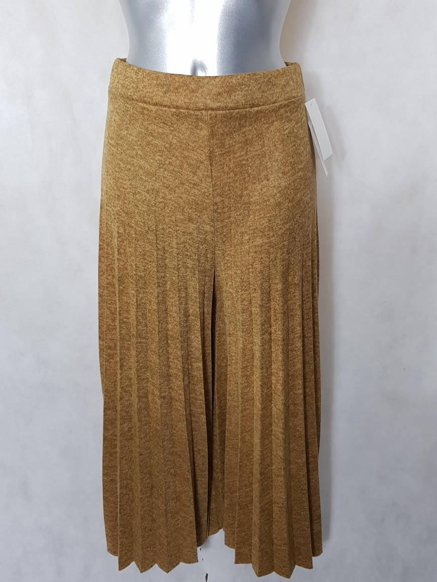 jupe-culotte-femme-moutarde-large-et-plissee1