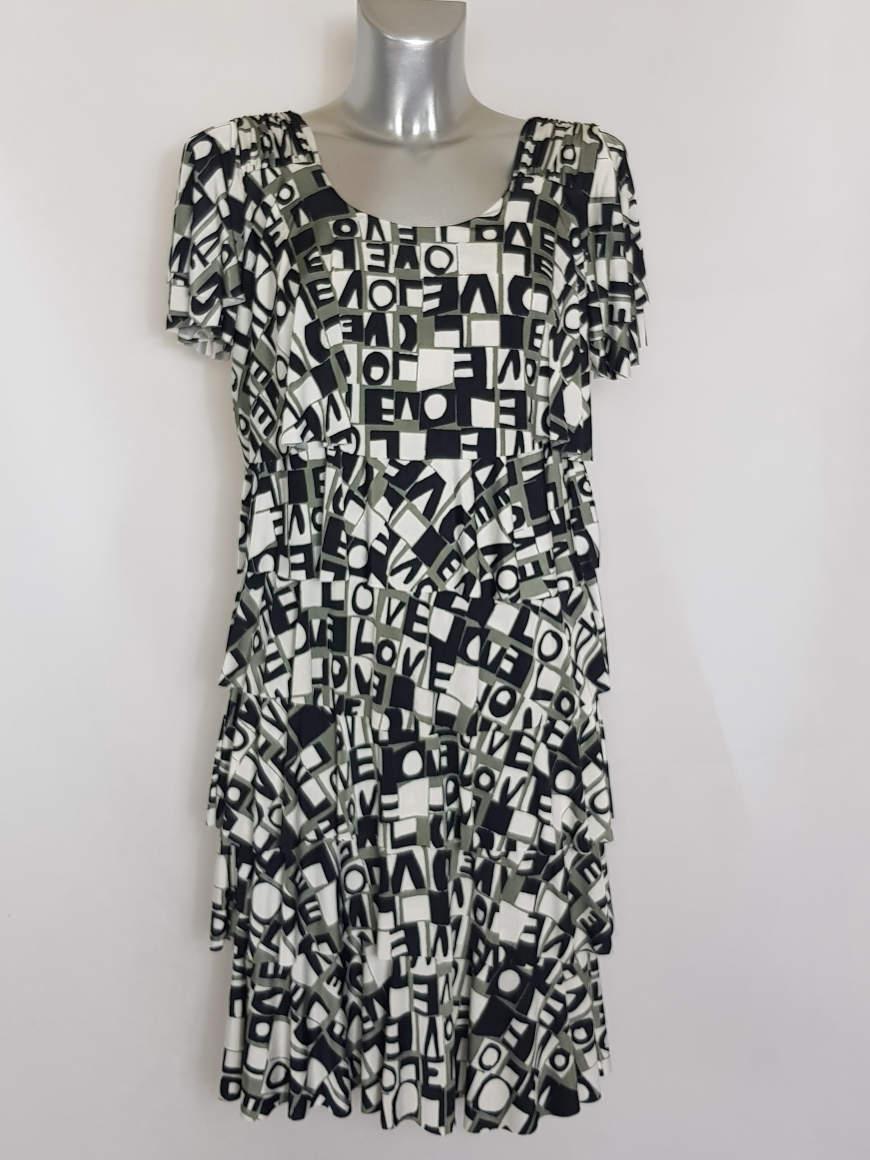 robe-originale-femme-ronde-tendance-a-manches