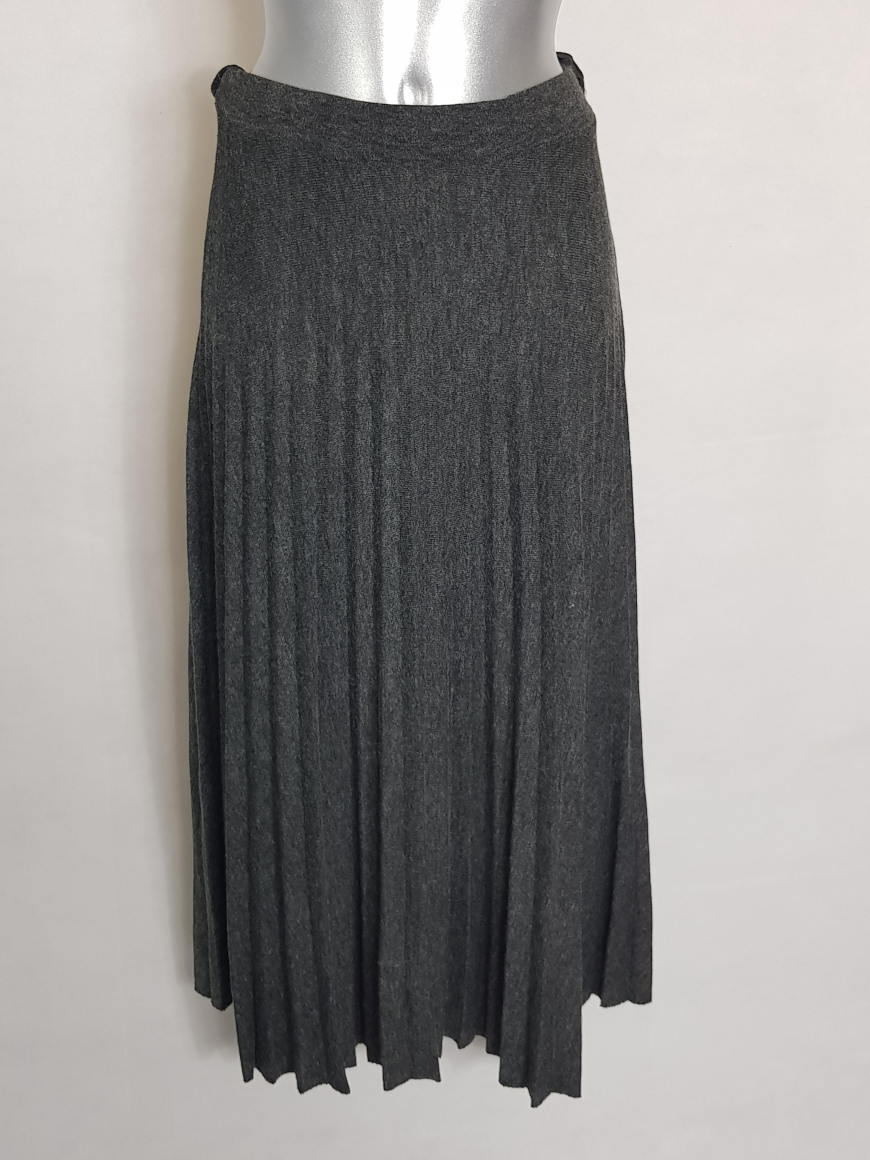 jupe-pull-longue-plissee-tendance-femme-ronde1
