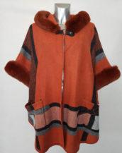 Cape manteau tendance femme ronde chic