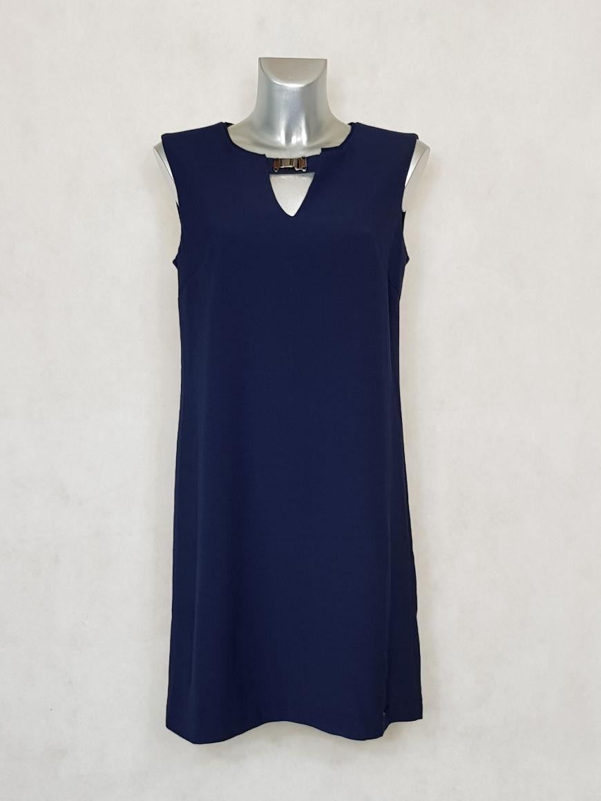 robe-femme-courte-droite-bleue-sans-manches