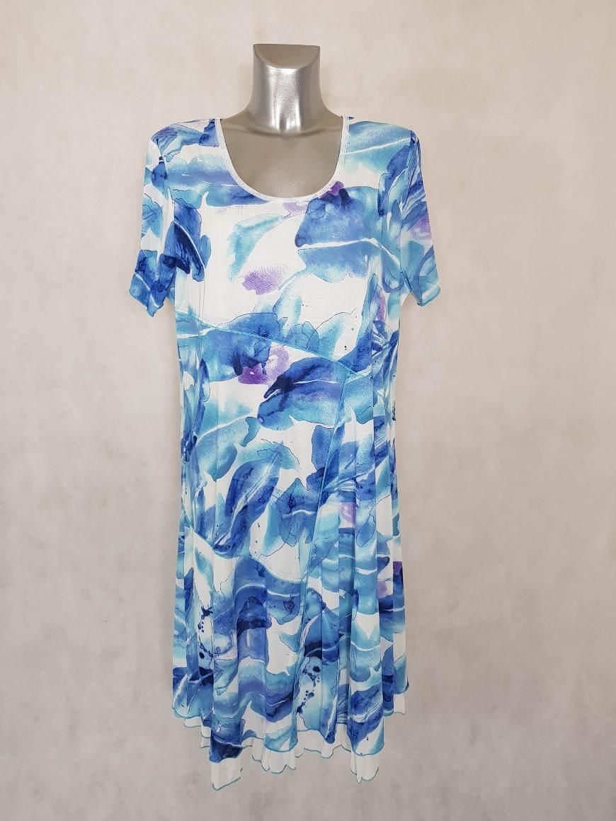 robe-femme-ronde-evasee-en-resille-motif-feuille-manches-courtes1