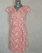 Robe femme fluide drapée motif liberty corail manches courtes, col V cache cœur