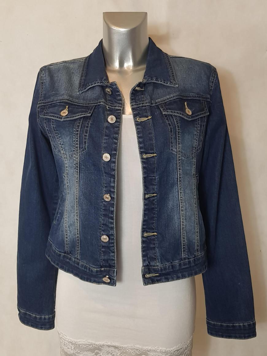 veste-en-jeans-femme-bleu-cintree-et-courte1