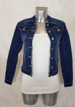 veste femme en jeans bleu délavé cintrée courte manches longues